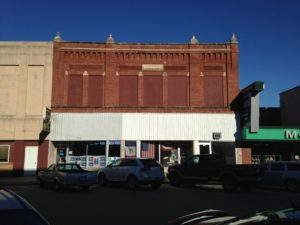 Beyer Building in Grinnell is currently unoccupied and in need of rehabilitation.